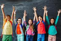 Hurra for ti år med Barns sosiale utvikling!