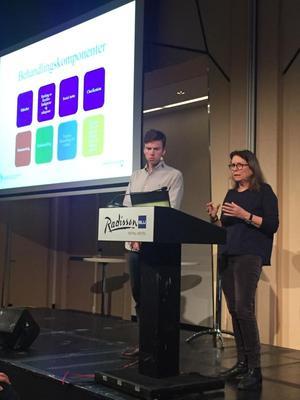 En klinisk tilpasning av MST: Bernadette Christensen forteller om MST-CAN sammen med Audun Formo Hay. Foto: Kristin Horn Talgø