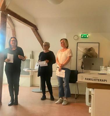Bidrag fra NUBU: Bernadette Christensen, Nina Tollefsen og Anne Lothe Brunstad har bidratt med kapitler om FFT og MST i en ny håndbok i familieterapi.